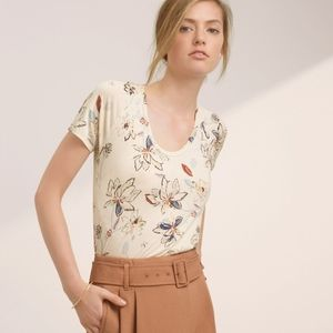 Aritzia Wilfred Tandis Scoop Neck T-Shirt Floral
